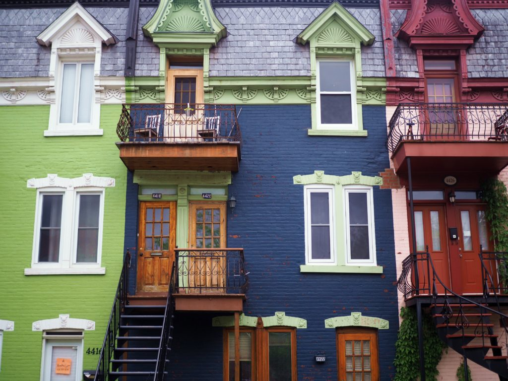 colorful homes in Montreal